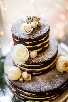 chocolate wedding cake, winter wedding cake, naked cake, wedding cake with flowers