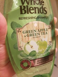 "This ""Green Tea and Green Apple"" shampoo uses an image of green apples and mint leaves instead of the usual green tea leaves. It has no mint in it."