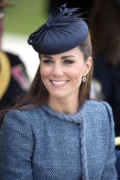 KATE MIDDLETON'S 18 MOST POSH HATS: The Delicate Bow