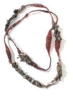 collar - Gabriela Horvat