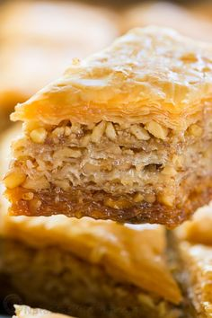 How to Make Baklava (VIDEO). This Baklava has amazingly crisp layers with perfectly moist centers and subtle nutty crunch, and it's not overly sweet! Greek Desserts, Köstliche Desserts, Delicious Desserts, Dessert Recipes, Yummy Food, Lunch Recipes, Lebanese Recipes, Turkish Recipes, Greek Recipes