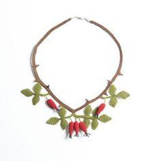 Oya-Kette Hagebutte (Nadelspitze) Flora, Wreaths, Sweet, Decor, Fashion Styles, Accessories, Schmuck, Chain, Candy