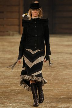 Chanel Pre-Fall 2014 Collection Slideshow on Style.com...love the jacket!