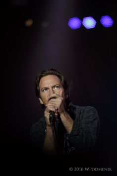Pearl Jam // Live @ the Hampton Coliseum // Chris Cornell Live, Pearl Jam Posters, Jeff Ament, Matt Cameron, Sigh In, Mad Season, Pearl Jam Eddie Vedder, Temple Of The Dog, Stone Temple Pilots