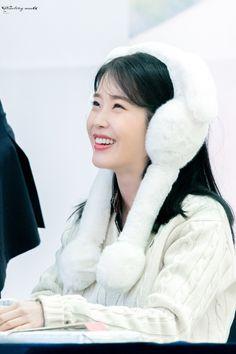 K Pop Music, Talent Agency, Korean Actresses, Love Poems, Little Sisters, Korean Singer, Girl Group, Asian Girl, Kdrama