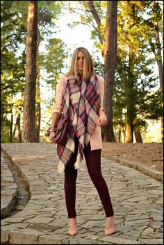 how to wear a blanket scarf, blanket scarf, oversized scarf, big scarf, how to, winter fashion, cold weather, scarves, Lakshmi in Trance, Lakshmintrance