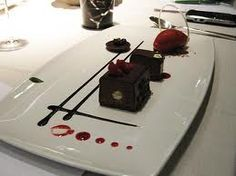 Chocolate fudge cake platter with raspberry sorbet – Desserts Chocolate Fudge Cake, Chocolate Desserts, Gourmet Food Plating, Gourmet Recipes, Dessert Recipes, Food Plating Techniques, Dessert Presentation, Michelin Star Food, Cake Platter