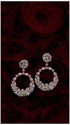 Diamond Earrings Indian, Indian Jewelry Earrings, Fancy Earrings, Jewelry Design Earrings, Gold Earrings Designs, Indian Wedding Jewelry, Gold Jewellery Design, Ear Jewelry, Indian Weddings