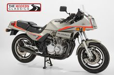 Suzuki Gsx, Modern Classic, Concept Cars, Cars And Motorcycles, Old School, Bike, Japanese, Pure Products, Vehicles