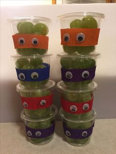 Easy Valentines Day Crafts for Kids to Make – Juice Box Robots TMNT healthy birthday treat for school Healthy Birthday Treats, School Birthday Treats, Turtle Birthday Parties, Ninja Turtle Birthday, School Treats, Ninja Turtles, Ninja Turtle Snacks, 5th Birthday, Healthy Snacks