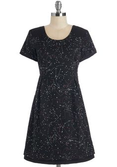 As Star as I Can Tell Dress. In your expert opinion, its the perfect evening to stargaze in this constellation-printed dress from Yumi! #black #modcloth