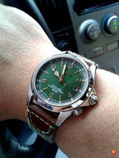 Seiko Alpinist SARB017 Bling Bling, Seiko Mechanical Watch, Seiko Alpinist, Seiko Mod, Field Watches, Seiko Watches, Luxury Watches, Cool Watches, The Ordinary