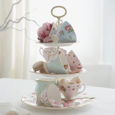 charming centerpiece for a tea party ;) | sorority sugar