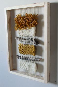 Weaving Wall Hanging, Weaving Art, Tapestry Weaving, Loom Weaving, Wall Tapestry, Hand Weaving, Yarn Crafts, Diy And Crafts, Arts And Crafts