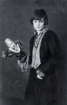Emmy Hennings with puppet.  Zurich, 1917  Source: olgaistefan