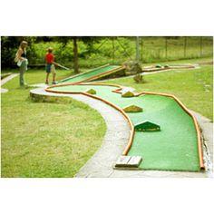 Mini golf course!<3