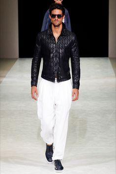 Sfilata Moda Uomo Giorgio Armani Milano - Primavera Estate 2015 - Vogue