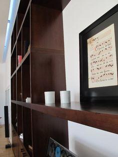 Detalle biblioteca de lapacho macizo en Casa Linea  Barrionuevo Sierchuk arquitectas