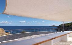 Aquiler villas de lujo en temporada,vacaciones por días,semanas,meses,rent holidays ibiza luxury villas Villas, Ibiza, Outdoor Decor, Home Decor, Luxury Villa, Discos, Yachts, Vacation, Seasons