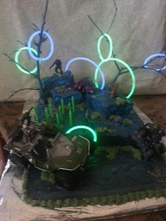 Halo birthday cake Cake It To Me Pinterest Halo Birthday