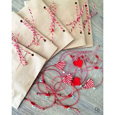 Handmade greek jewelry and crochet accessories! Pony Bead Crafts, Horseshoe Earrings, Diy Felt Christmas Tree, Compass Necklace, Greek Jewelry, Pony Beads, Macrame Bracelets, Felt Diy, Handmade Jewelry