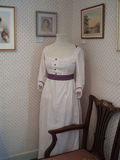 Becoming Jane Fansite: Costumes of 'Becoming Jane' in Chawton House
