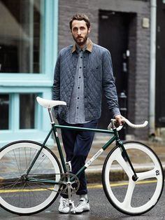 To know more about H&M, Brick Lane Bikes Brick Lane Bikes, visit Sumally, a social network that gathers together all the wanted things in the world! Featuring over 13 other H&M, Brick Lane Bikes items too! Bici Retro, Velo Retro, Velo Vintage, Retro Bikes, Vintage Bicycles, Urban Bike, Urban Cycling, Brick Lane, Cycling Wear