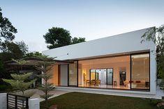 Mandai Courtyard House. Atelier M + A. Foto Robert Such (14)