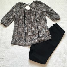 Croft & Barrow Top NWT Sheer Croft & Barrow top with 3/4 sleeves. It is black, brown, grey. Absolutely adorable🌻 Croft & Barrow Tops