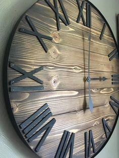 Farmhouse wall clock interior design 47 Ideas for 2019 Farmhouse Wall Clocks, Rustic Wall Clocks, Wood Clocks, Rustic Walls, Farmhouse Decor, Country Farmhouse, Modern Farmhouse, Handmade Home, Custom Vinyl Lettering