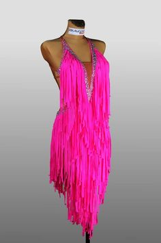 Love this color and the fringe! Must be amazing on the dance floor