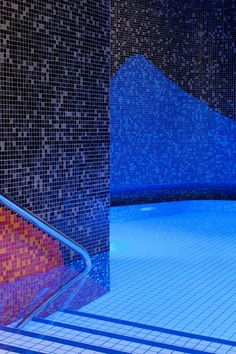 Image 11 of 31 from gallery of The Thermal Baths in Bad Ems / 4a Architekten. Photograph by David Matthiessen