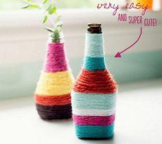 DIY Yarn Wrapped Bottles - Penelope and Pip Yarn Wrapped Bottles, Yarn Bottles, Reuse Bottles, Glass Bottles, Wine Bottles, Empty Bottles, Bottle Vase, Decorate Bottles, Alcohol Bottles