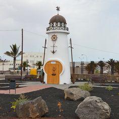 Faro homenaje al Cruz del Mar - Arrecife, Lanarote, Islas Canarias, ES