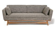 Lignes épurées, pieds en acacia et assise confortable pour ce canapé style années 50. L 210 x P 89 x H 83 cm. 8 tissus au choix. Canapé design 50'. REDédition.