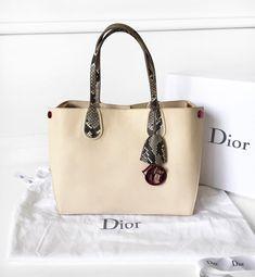 93f6381815 Die 48 besten Bilder von Dior in 2019