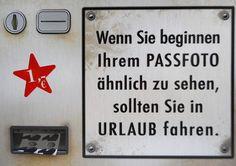 Passfoto Urlaub Automat Postkarte 15 cm Spruch Karte Sammelkarte Deko GP 143: Amazon.de: Küche & Haushalt