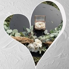 Wedding Ceremony An other land scape for this romantic wedding ceremony. . Terrarium, Wedding Ceremony, Romantic, Mirror, Instagram, Home Decor, Terrariums, Decoration Home, Room Decor