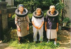 garden party Old Folks, Funny Old People, Forever Young, Bizarre Photos, Bad Family Photos, Never Too Old, Awkward Photos, Old Age, Old Tires