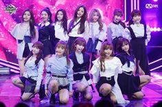 curiosità sul nuovo gruppo kpop le IZONE #casuale # Casuale # amreading # books # wattpad Stage Outfits, Kpop Outfits, Yuri, Survival, Japanese Girl Group, Kim Min, The Wiz, Idol, Korea