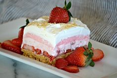 These Strawberry Cheesecake Dream Bars are layers of graham crackers, strawberries, and more. It's the perfect NO-BAKE dessert for strawberry season! Ingredients 1 cups graham cracker crumbs, plus additional for topping 5 tablespoons unsalted butter, Desserts To Make, No Bake Desserts, Delicious Desserts, Dessert Recipes, Bar Recipes, Yummy Recipes, Jello Desserts, Alcoholic Desserts, Cooking Recipes