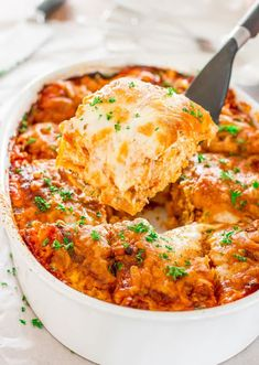 Easy Beef Lasagna – easiest lasagna ever without the need to boil noodles or slave hours over the sauce. Perfect meal for a busy weeknight dinner. I so glad you came to join me in my culi Italian Recipes, Beef Recipes, Cooking Recipes, Easy Recipes, Lasagna Recipes, Dinner Recipes, Casserole Recipes, Keto Casserole, Italian Cooking