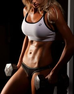 so many lifters' boobs look AWFUL...hoping my fakies will look more like this? :(