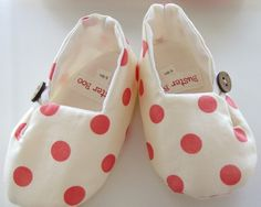 Baby Shoes. Polka Dot. Cream Red Orange. Slippers. Booties.