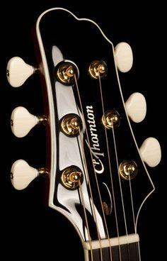 Guitar Luthier, Chuck Thornton