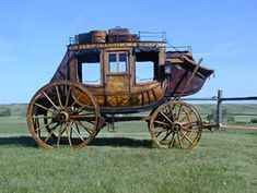 Mar 18 1850 the first stagecoach company American Express is formed by Henry Wells and William Fargo The name is later changed to Wells Fargo Us History, American History, Stagecoach West, Wells Fargo Stagecoach, Horse Drawn Wagon, Old Wagons, The Lone Ranger, Covered Wagon, Chuck Wagon
