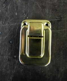 Catches Latches Toggle Catch Gold 40x28mm for bags, suitcases, trunk toy boxes #JaszitupleatheraccentsJiula