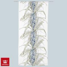 Pina Colada -valmisverhon ananasaiheinen kuosi on Vallilan suunnittelija Saara Kurkelan suunnittelema. Pina Colada, Glass Vase, Curtains, Home Decor, Blinds, Decoration Home, Room Decor, Draping, Home Interior Design