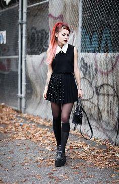Fashion 90s, Tokyo Street Fashion, Fashion Tights, Dark Fashion, Grunge Fashion, Gothic Fashion, Fashion Outfits, Womens Fashion, Mode Grunge