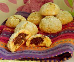 biscotti morbidi cuor di nutella,ricetta super collaudata per fare in casa i biscotti golosissimi con la nutella che si sciolgono in bocca.ricetta biscotti